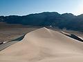 Eureka Dunes (4619257707).jpg