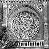 exterieur abdijkerk, toegangspartij, venstertracering boven de ingang - berkel-enschot - 20001140 - rce