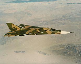 Un F-111 Aardvark