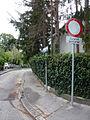Fahrverbot-Schild-Werkbundsiedlung-Wien.jpg