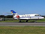 Falcon 20E (15223847211).jpg