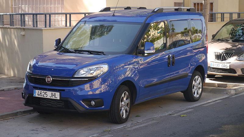 Fiat Doblo (22707961995).jpg