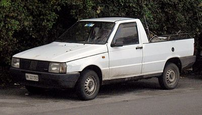 400px-Fiat_Fiorino_D_pick-up_front.JPG