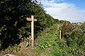 Fingerpost at Lakeminster Park (geograph 5099865).jpg
