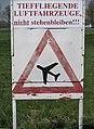 Flugplatz Merzbrück Warnung.jpg