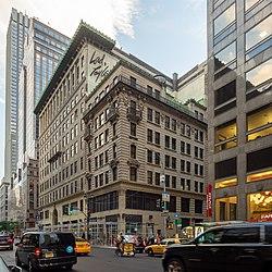 Former Lord & Taylor Building (48105832886).jpg