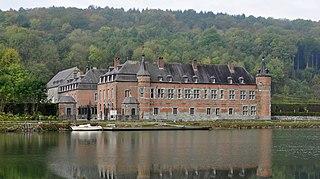 Castle of Freÿr château