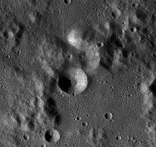 弗雷德霍姆陨石坑