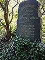 Friedhof Holthausen Grabstätte Lohbeck.jpg
