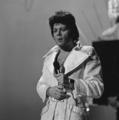 Gary Glitter - TopPop 1974 3.png