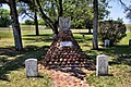 Geronimo's Grave (5697149105).jpg