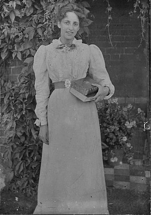 Photograph of Gertrude Rachel Levy, former librarian, classical scholar and archaeologist, circa 1900