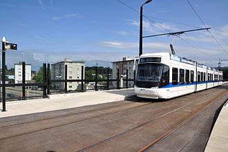 Verkehrsbetriebe Zürich - A Bombardier Cobra low floor tram in VBG livery on Stadtbahn Glattal right of way