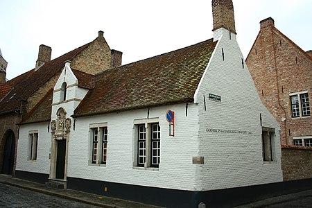 Godshuis Goderickx Convent, met kapelletje - Moerstraat 9 - Brugge - 29486.JPG