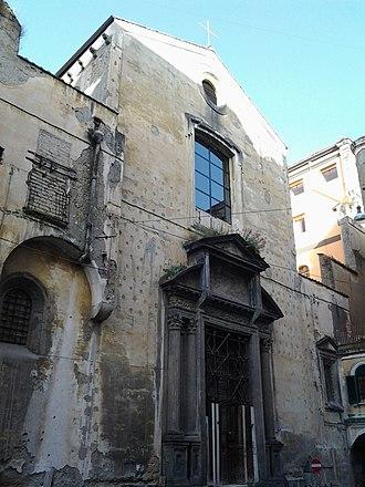 Santa Maria delle Grazie Maggiore a Caponapoli - Facade