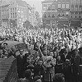 Groot enthousiasme voor prins Bernhard bij de bevolking (Zwolle), Bestanddeelnr 900-2518.jpg