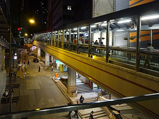 HK Central footbridge night 閣麟街 Cochrane Street May 2016 DSC