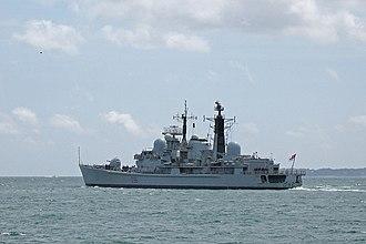 HMS Gloucester (D96) - Image: HMS Gloucester D96 BB 2
