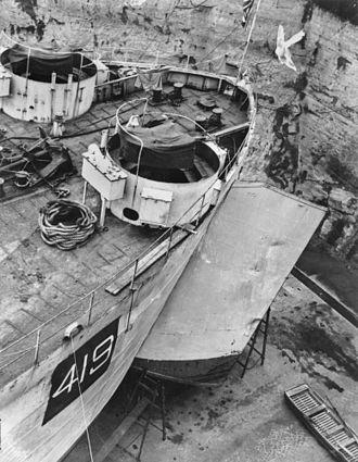 Cairncross Dockyard - HMS LST-419 in Cairncross Dock, Brisbane, ca. 1943