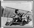 Helene Dutrieu in biplane 1911.tif