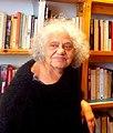 Hellyette Bess dans sa librairie libertaire.jpg