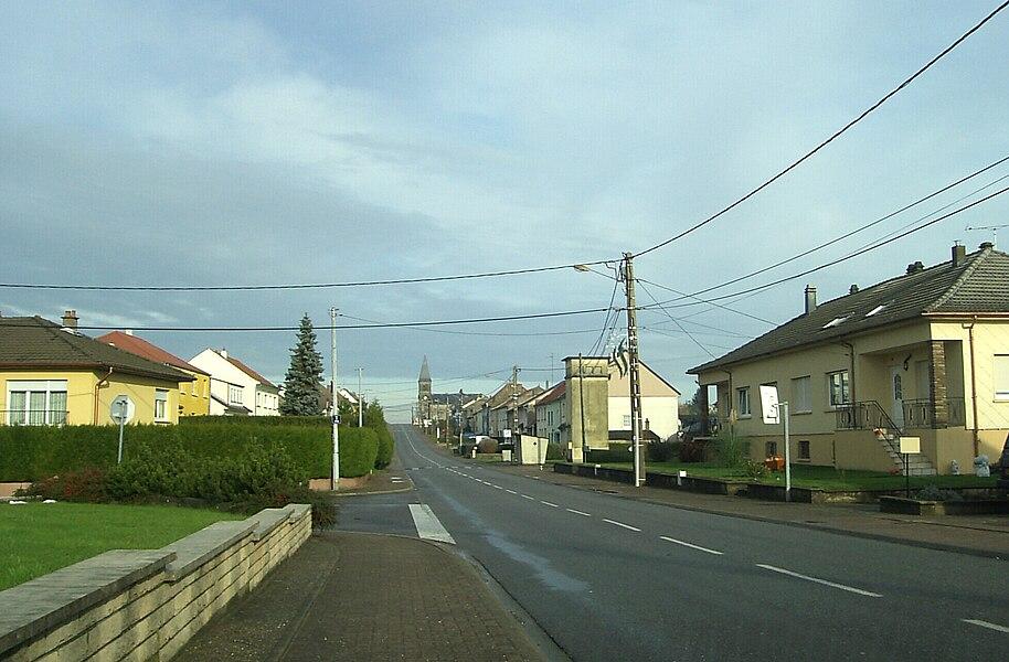 Henriville, rue de la Libération