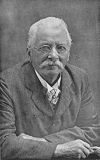 Henry Suter Swiss-born New Zealand zoologist, naturalist, palaeontologist, and malacologist