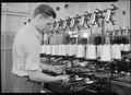 Holyoke, Massachusetts - Silk. William Skinner and Sons. Quilling rayon. - NARA - 518314.tif