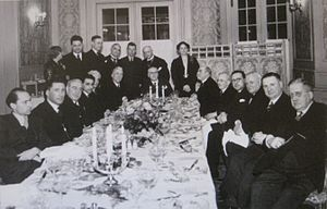 Boris Nicolaevsky - Dinner in Amsterdam (1937). Nicolaevsky standing, 2nd from left