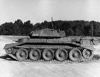 Cruiser tank - Crusader I with auxiliary turret