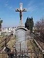 Illinyi József kanonok, aranymisés pap, kisbéri plébános sírja †1907, 2019 Kisbér.jpg