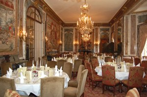 Luton Hoo - The dining room in the new hotel – April 2008