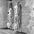 Interieur beelden, oorspronkelijk afkomstig van het raadhuis (details) - Kampen - 20121701 - RCE.jpg