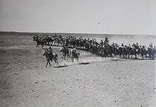 Unità di cavalleria ottomana durante l'assalto frontale della prima guerra mondiale alla Terra di Israele