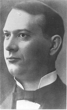 http://upload.wikimedia.org/wikipedia/commons/thumb/a/aa/J.F._Rutherford_a.1917.jpg/220px-J.F._Rutherford_a.1917.jpg