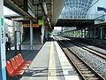 JREast-Shisui-station-platform.jpg