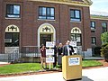 Jamie Eldridge announcement in Lowell, May 10, 2007 (492994237).jpg