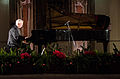 Janusz Olejniczak suona per la prima Giornata europea dei Giusti.jpg