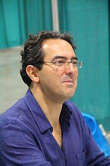 Photograph of author Juan Gabriel Vasquez