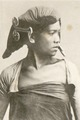 KITLV - 80267 - Kleingrothe, C.J. - Medan - Batak woman, presumably in the east coast of Sumatra - 1898.tif