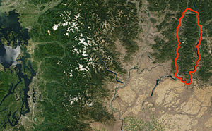 Kettle-River-Range NASA-MODIS 11Aug2001.jpg