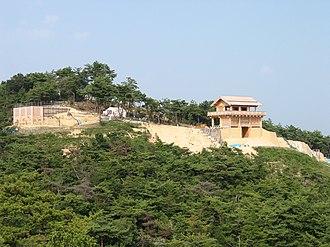 Kingdom of Kibi - Image: Kinojo Nishi mon area