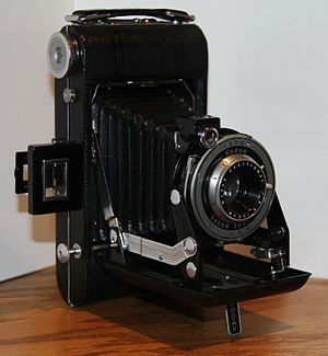 Kodak Vigilant camera - Kodak Vigilant Six-20 Camera