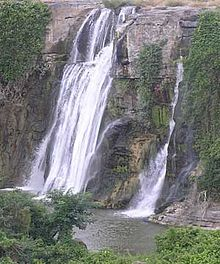 Kuntala-waterfalls1.jpg