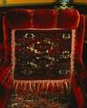 Länstolar, ett par, med klädslar. Rökrummet - Hallwylska museet - 5280.tif