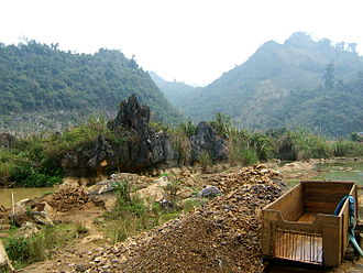 Gem mines in Luc Yen District, Yen Bai Province Luc Yen1.jpg