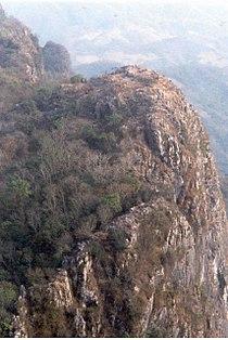 LS85 Phou Pha Thi.jpg