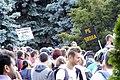 La protest pe 2 roti, cu aparatul de gat (1) (9875168206).jpg