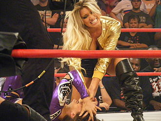 The Beautiful People (professional wrestling) - The debut of Lacey Von Erich