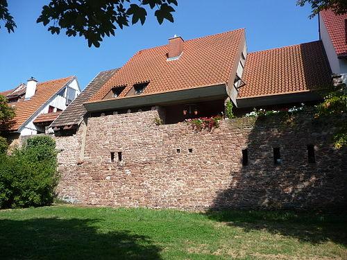 Ladenburger-Stadtmauer-01.JPG